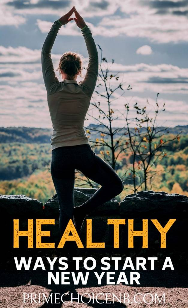Make some big and small changes with these tried and true ways to start a healthy new year and reach your goals! Goal Setting Ideas | Workout Ideas | Healthy Living Tips | Healthy Habits for the New Year | New Years Resolutions | Fitness Tips | Daily Healthy Habits