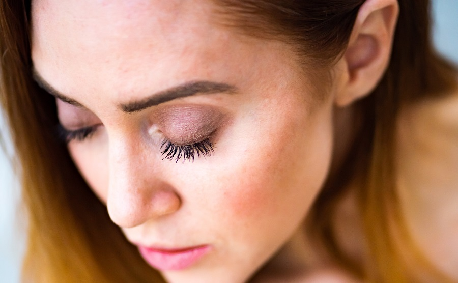 The best tips for longer lashes leave the glue out of the equation and shine a light on natural beauty that you can achieve right at home. How to Grow Lashes with Vaseline | How to Grow eyelashes in a Week | Long Eyelashes in 7 Days | How to Get Longer Lashes DIY | Long Eyelashes Guy | Vitamin # for Eyelashes | How to Make Eyelashes Grow Back